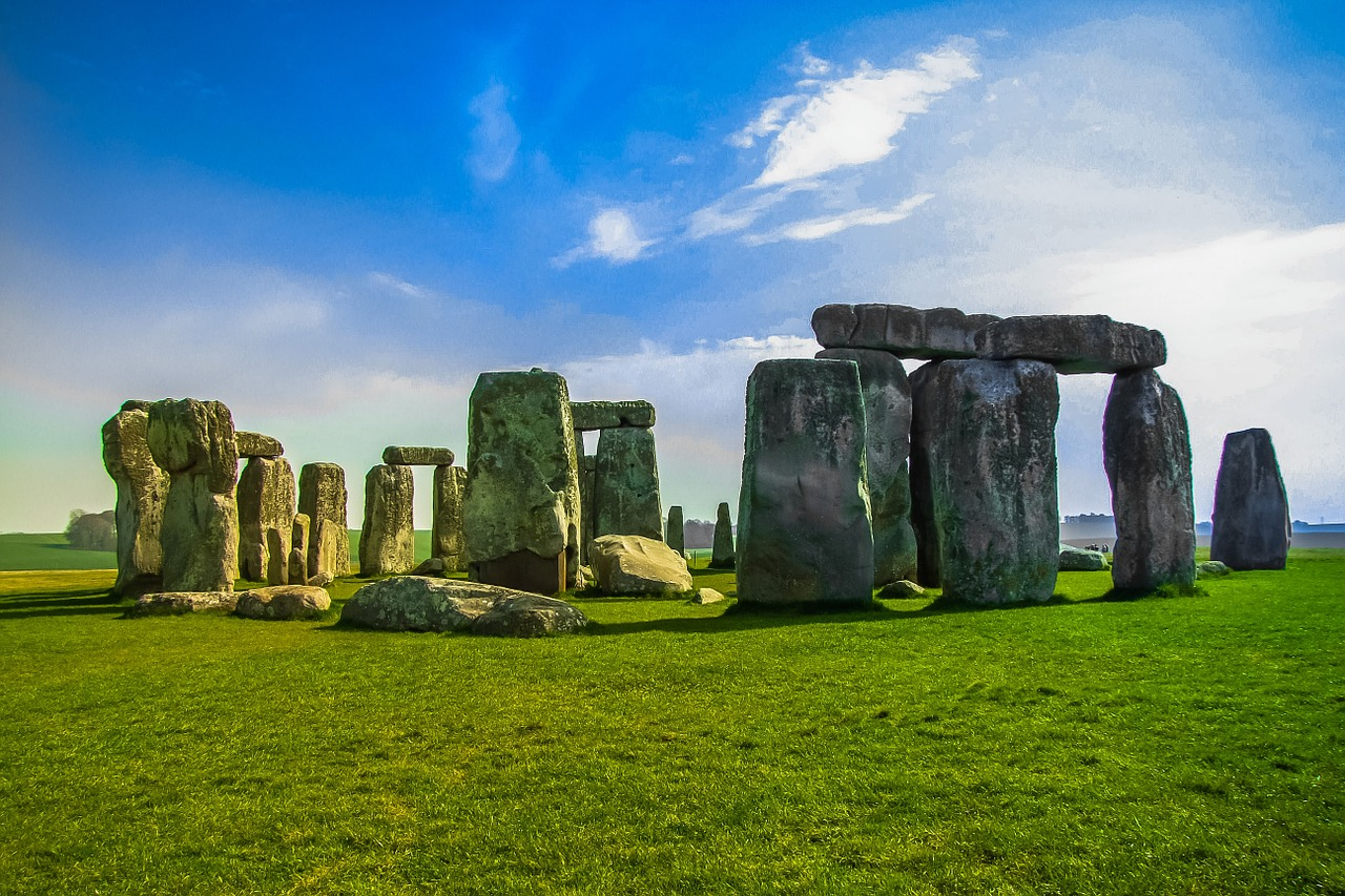 stonehenge-947348_1280