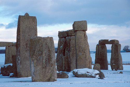 stones-snowhenge